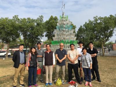 創造永續價值 長榮大學贈與大潭社區及大潭國小環保聖誕樹