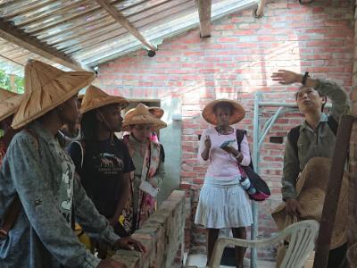 發展綠色農業 長榮大學國際生與社區居民參訪秀明農法農場