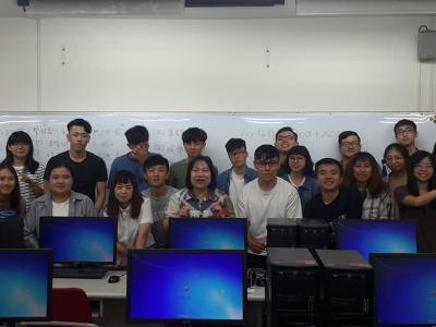 長榮大學翻譯系   2019外語導遊領隊國家考試共獲11份證書
