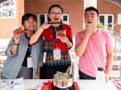 長榮大學國際週品嘗8國美食 邀你共度「藝國食光」