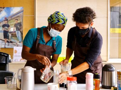 用一杯咖啡改變世界 長榮大學根與芽社團發起友善咖啡帶著走 用行動支持公平貿易
