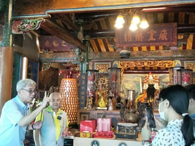 長榮大學華語文中心與日本神戶學院大學合作華語課程  實境直播導覽廟宇文化