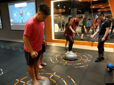 長榮大學智能健身房引進Stampede互動式智能運動地墊系統  打造運動科技學習新風潮
