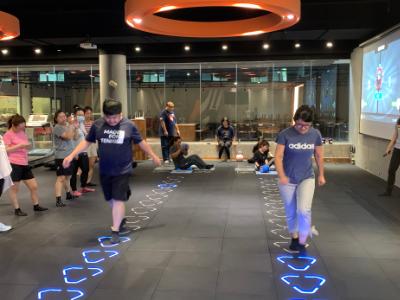 促進身心健康 長榮大學教職員體驗智能健身房