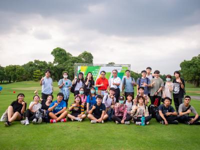 長榮大學特色通識課「另類社交術-從高爾夫球談起」 首堂課至南一球場移地實作