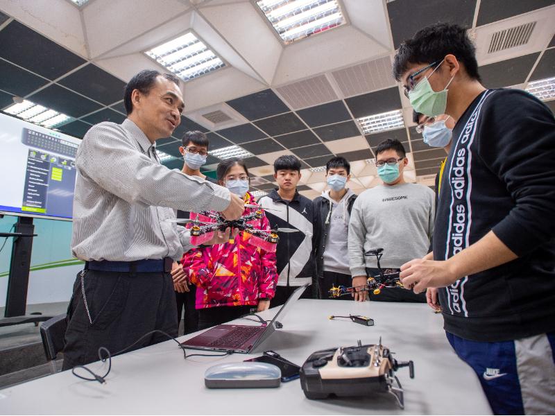 長榮大學安全衛生科學院課程結合證照 培育多元專業技能