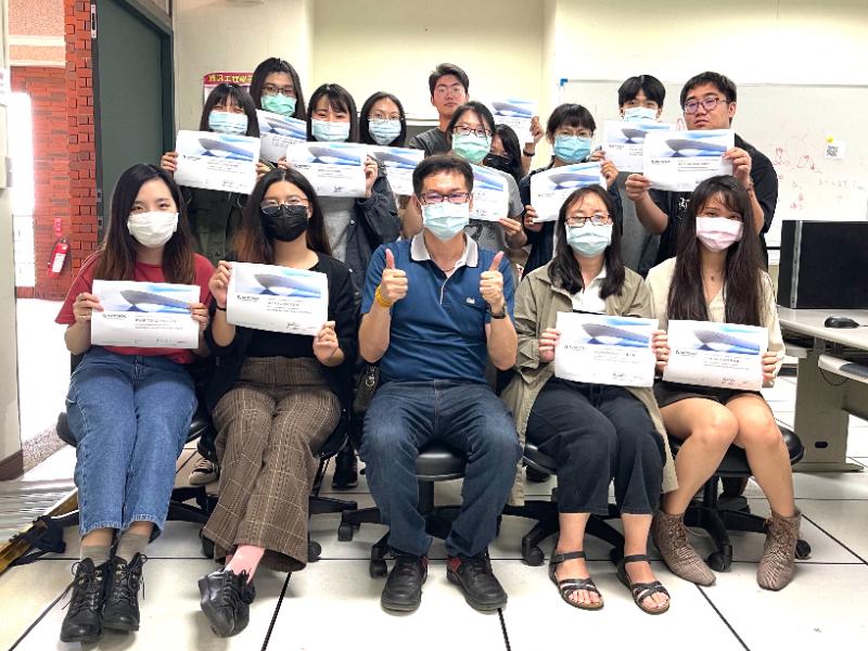 國際級的實力  媒體系14位學生考上國際3D動畫證照
