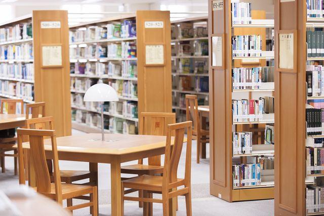 Library 圖書館